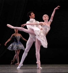 Ballet Imperial - Carlos Molina and Gillian Murphy.jpg