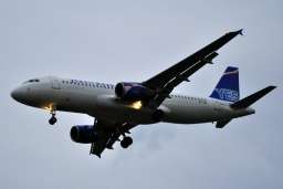 SP-IAC  A320-214  Yes Airways