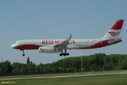 RA-64046 Red Wings .JPG