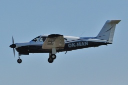 OK-MAN  Piper 28RT-201