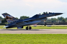 FB-18 - Belgium - Air Force General Dynamics F-16BM