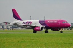 HA-LPL  A320-232  WIZZAIR