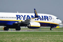EI-DLC B737-8AS Ryanair