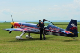 OK-SON  The Flying Bulls Extra 300S