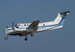 Beechcraft 300LW Super King Air OK-GTJ (Erwin Junker Grinding Technology)