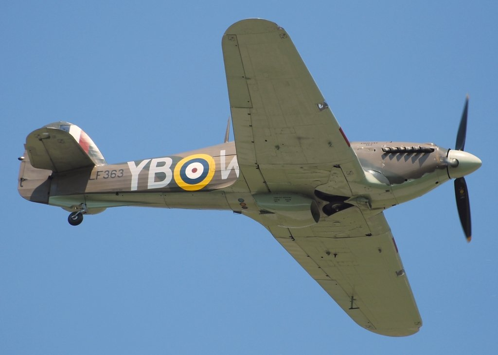 HURRICANE IICBATTLE OF BRITAIN MEMORIAL FLIGHT