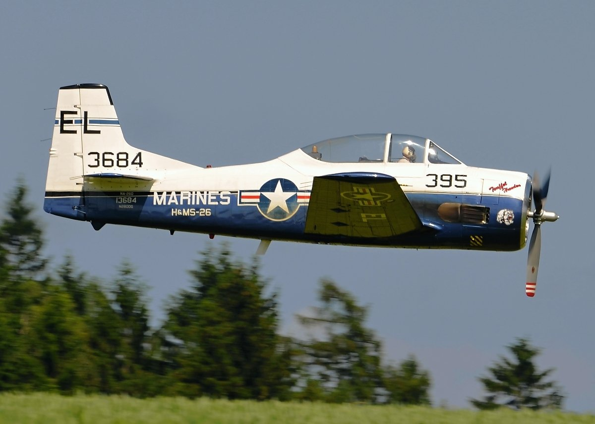 North American T-28A Private N2800G