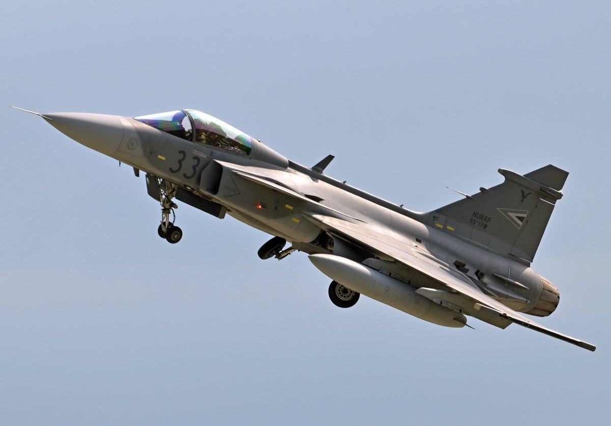 Saab 39C Gripen   Hungarian Air Force   33
