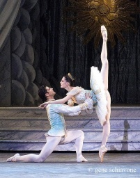 spící-Veronika Part and Marcelo Gomes.jpg