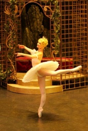 Irina Kolesnikova in The Sleeping Beauty.jpg