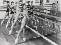 RoyalBalletSchool-2.jpg