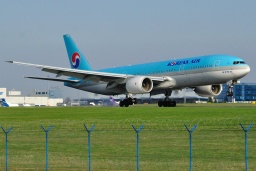 HL7764 Korean Air B777