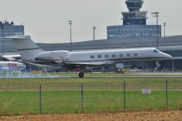 OE-ISSGulfstream 550  Jetalliance