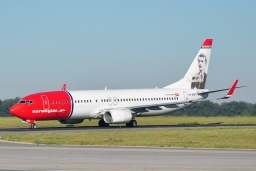 LN-NOF  B737-86N  Norwegian Air Shuttle