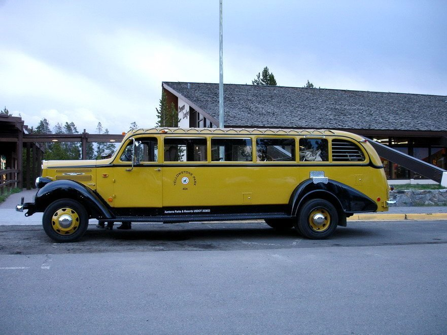 Yellowstonský autobus/ Yellowstone Bus