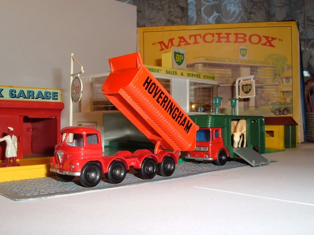 No 17 d, e, Hoveringham Tipper, Horse Box, 1963, 1969
