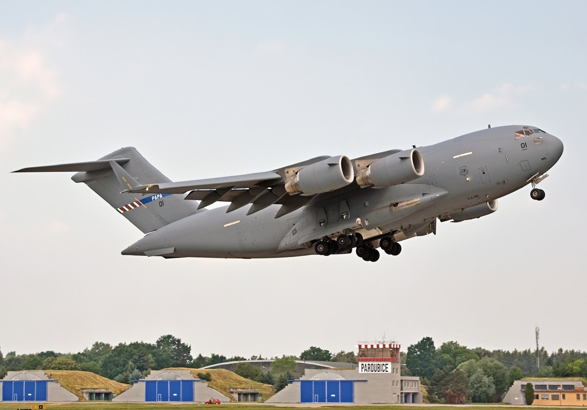 C17A   Hungarian Air Force    01