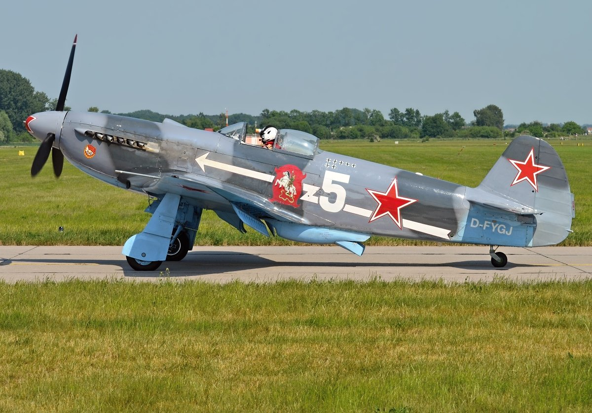 YAK3UA   Private   D-FYGJ