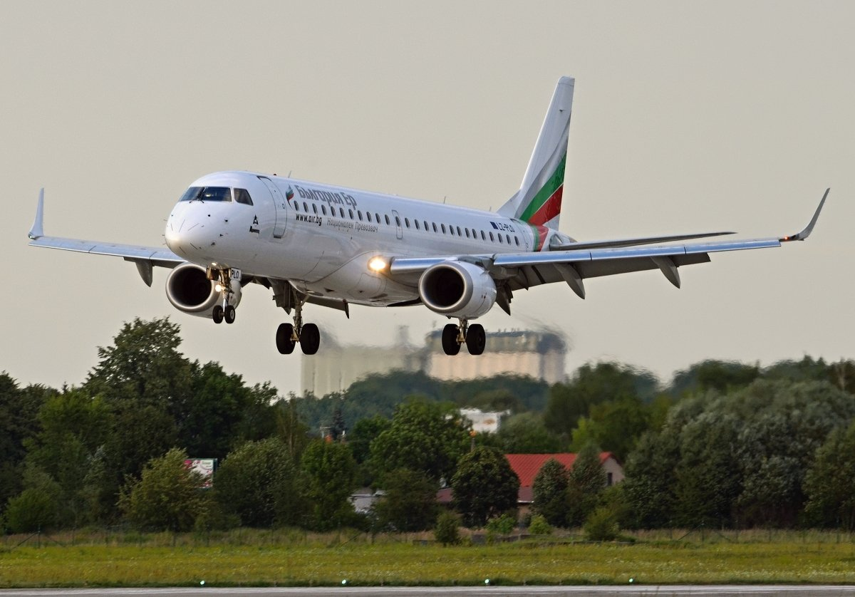 ERJ190-100IGW    Bulgaria Air    LZ-PLO