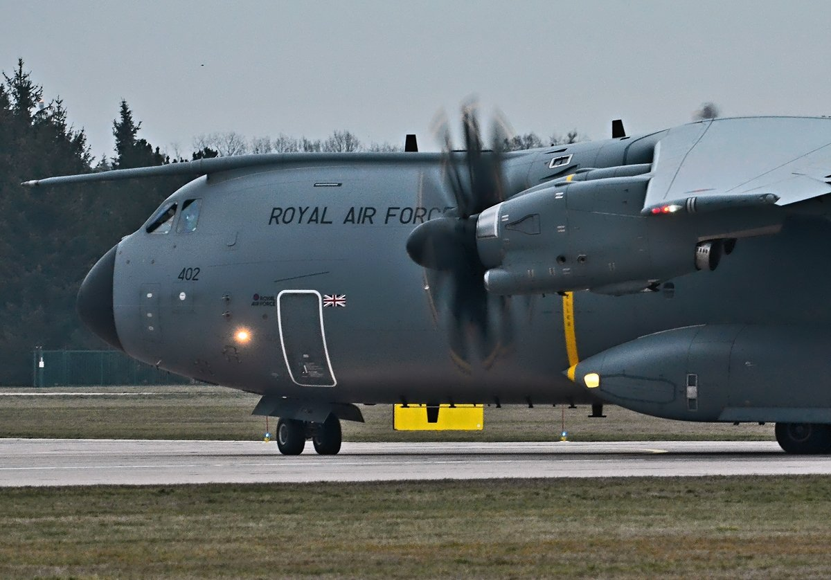 A400M Royal Air Force  ZM402